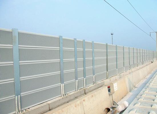 重庆高铁声屏障